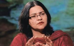 Mitu Khurana, la prima donna indiana a fare causa al marito per aborto selettivo