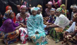 Donne nigeriane scampate a un raid di Boko Haram